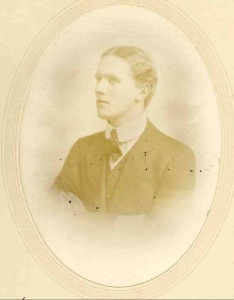 Drostan Russell, Rifleman, Northern Rhodesian Rifles, South African Forces.  Died on active service 31 October 1915