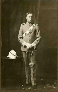 Captain Gordon Rennie, 6th South African Infrantry.  kia 12 February 1916 in British East Africa (Kenya)